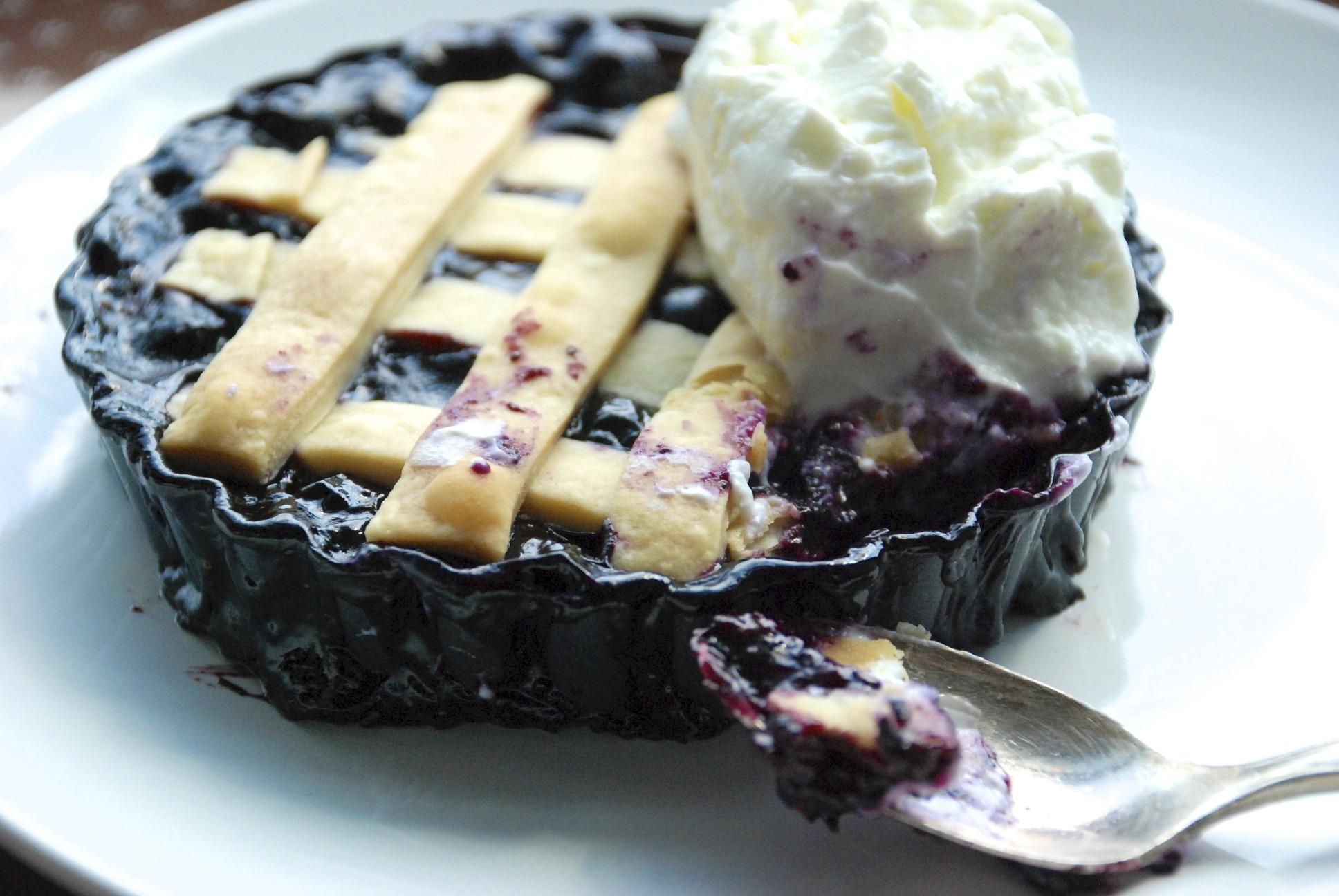 Individual Blueberry Vanilla-Maple Pies