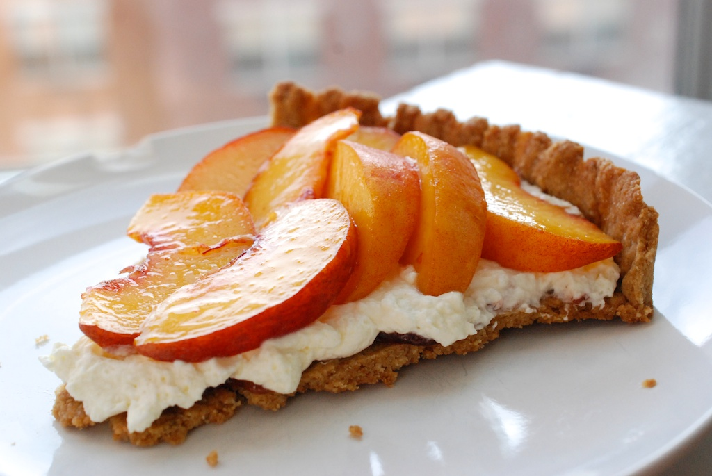 peach and cream tart