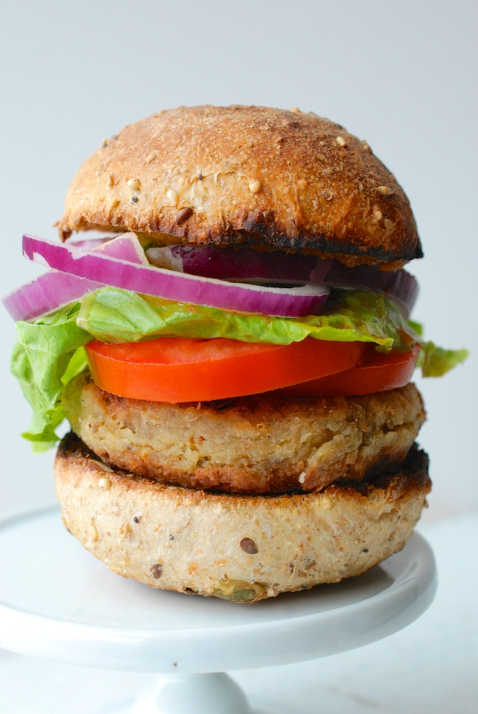 veggie burger, vertical 2