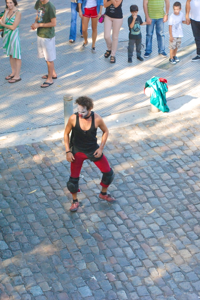 Street performer in Palermo