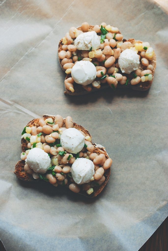 white bean and mozzarella tartine