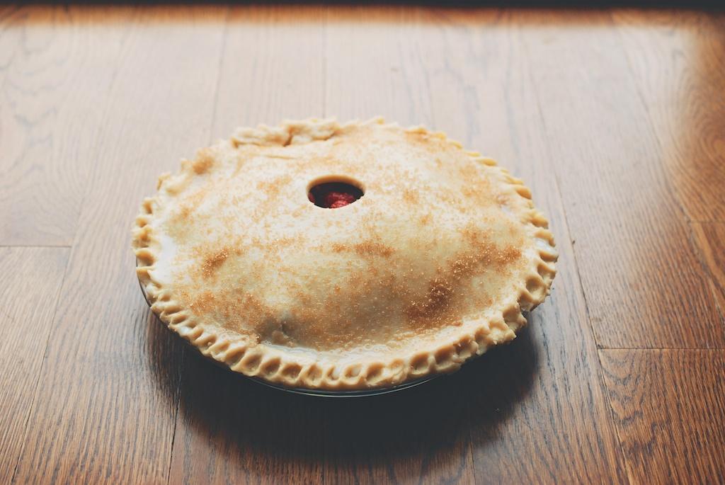 cream-and-sugared pie