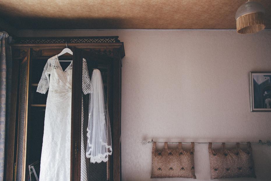 Michelle Roth wedding dress