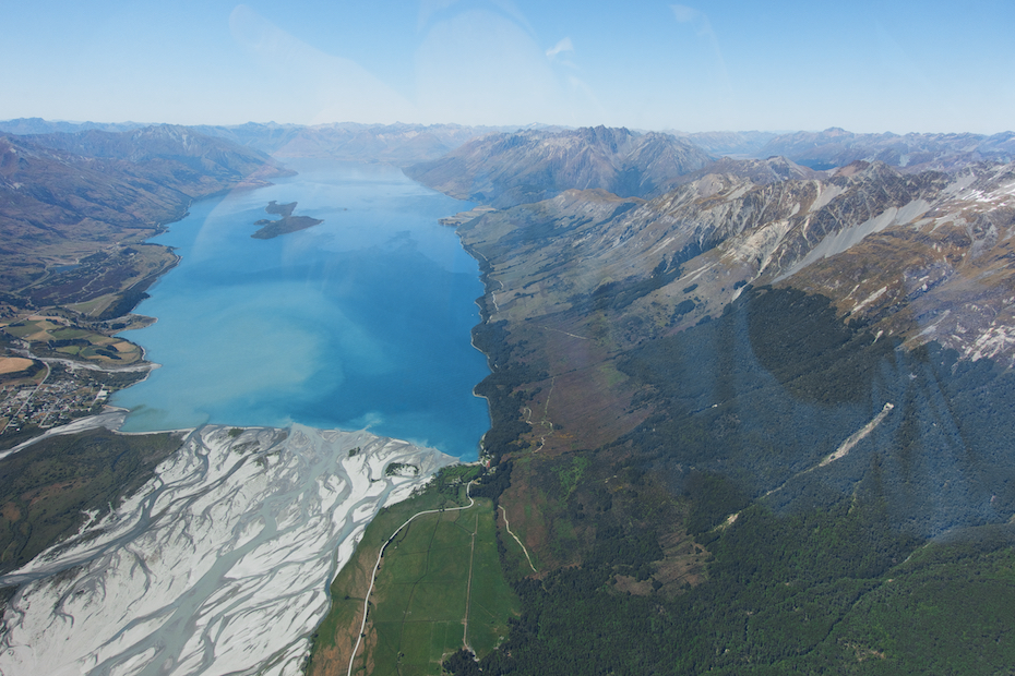 view from the helicopter between Milford Sound and Queenstown