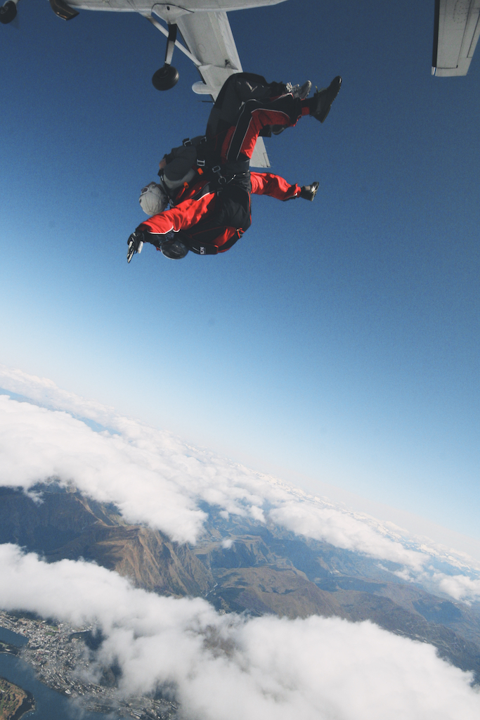 skydiving near Queenstown