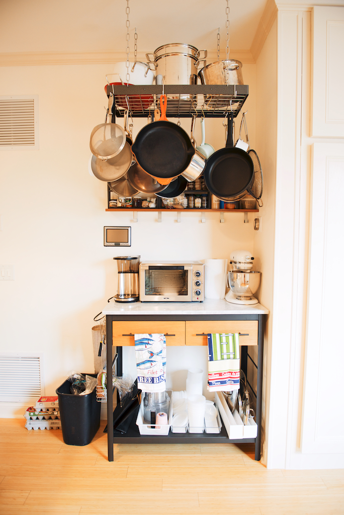 The Roaming Kitchen Jersey City apartment