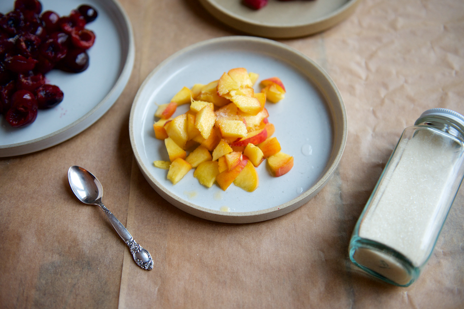 diced peaches with sugar